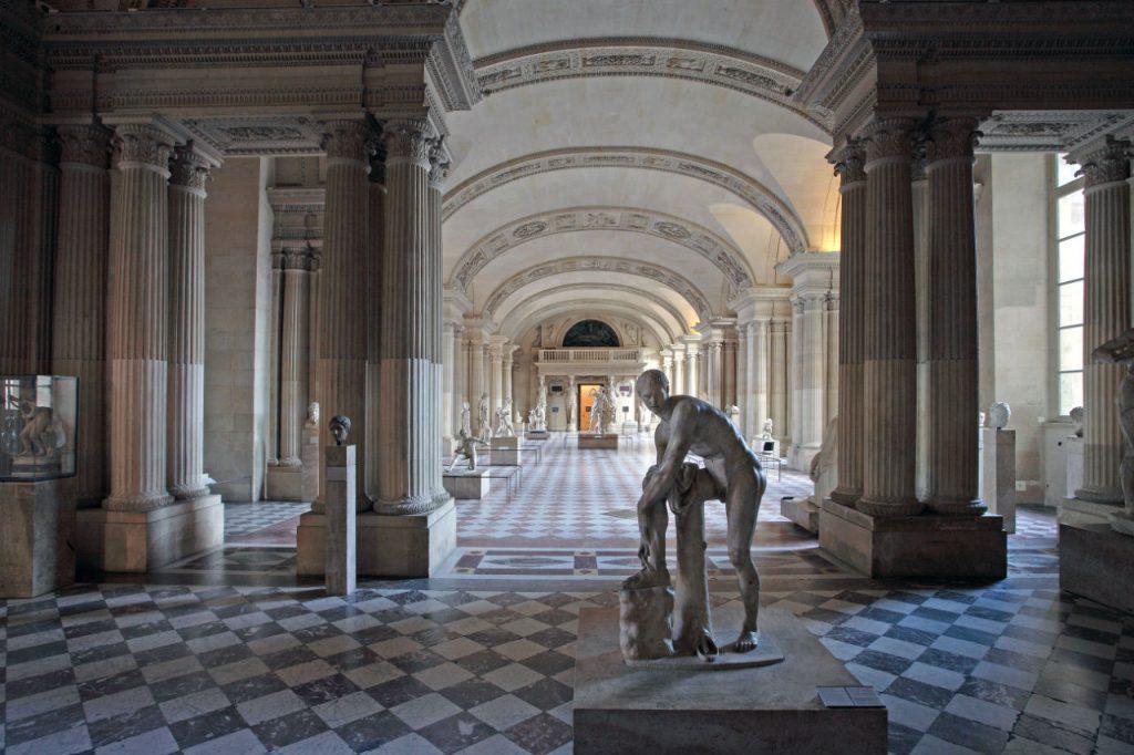 salle_des_caryatides_web_louvre